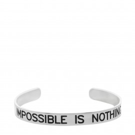 "Brazalete con  lema ""Impossible is nothing """